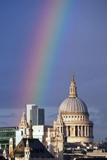 http://www.epic-fotos.com/t/518/rainbow-over-the-river-thames-and-city-of-london-england-11265239.jpg